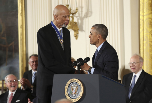 Kareem Abdul-Jabbar receives the Presidential Medal of Freedom from former President Barack Obama.